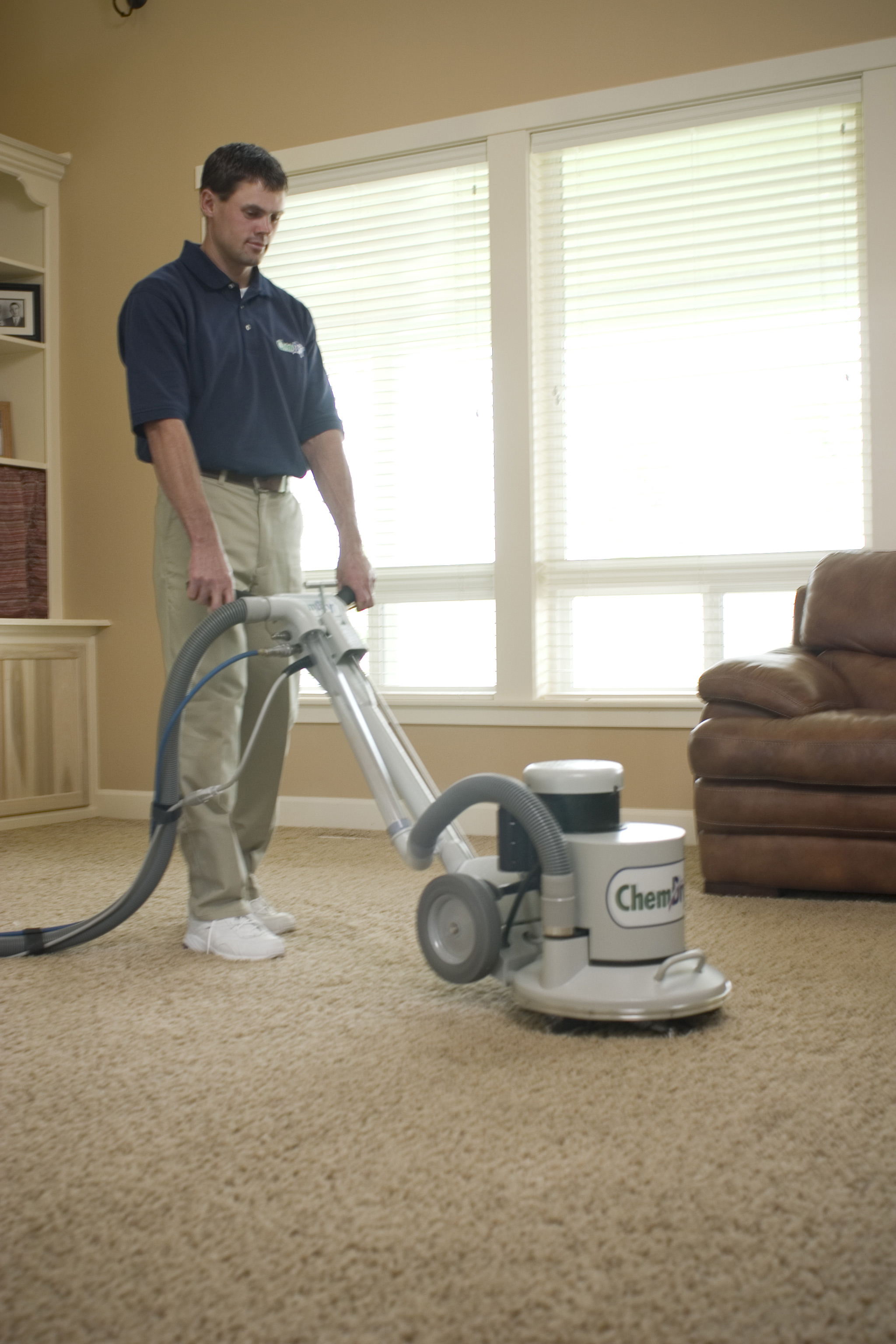 Blue Ribbon Chem-Dry Technician Providing Professional Carpet Cleaning in Calabasas
